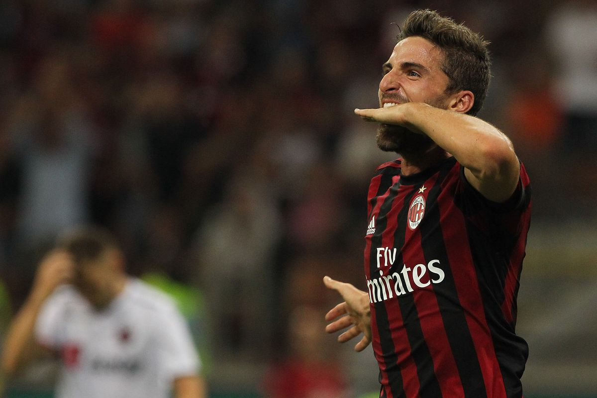 Andre Silva and Montolivo lead Milan to six goal smashing of KF