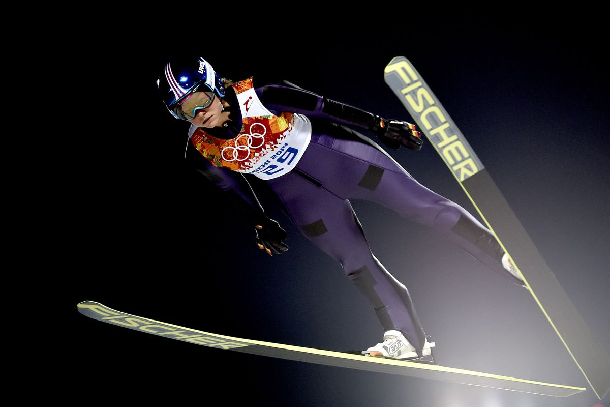 Carina Vogt wins historic gold in ski jumping