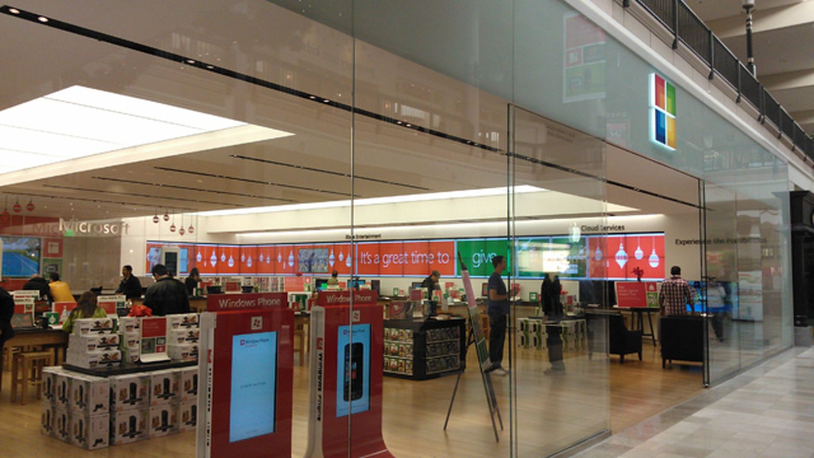 Microsoft To Open London Retail Store In March 2013 The