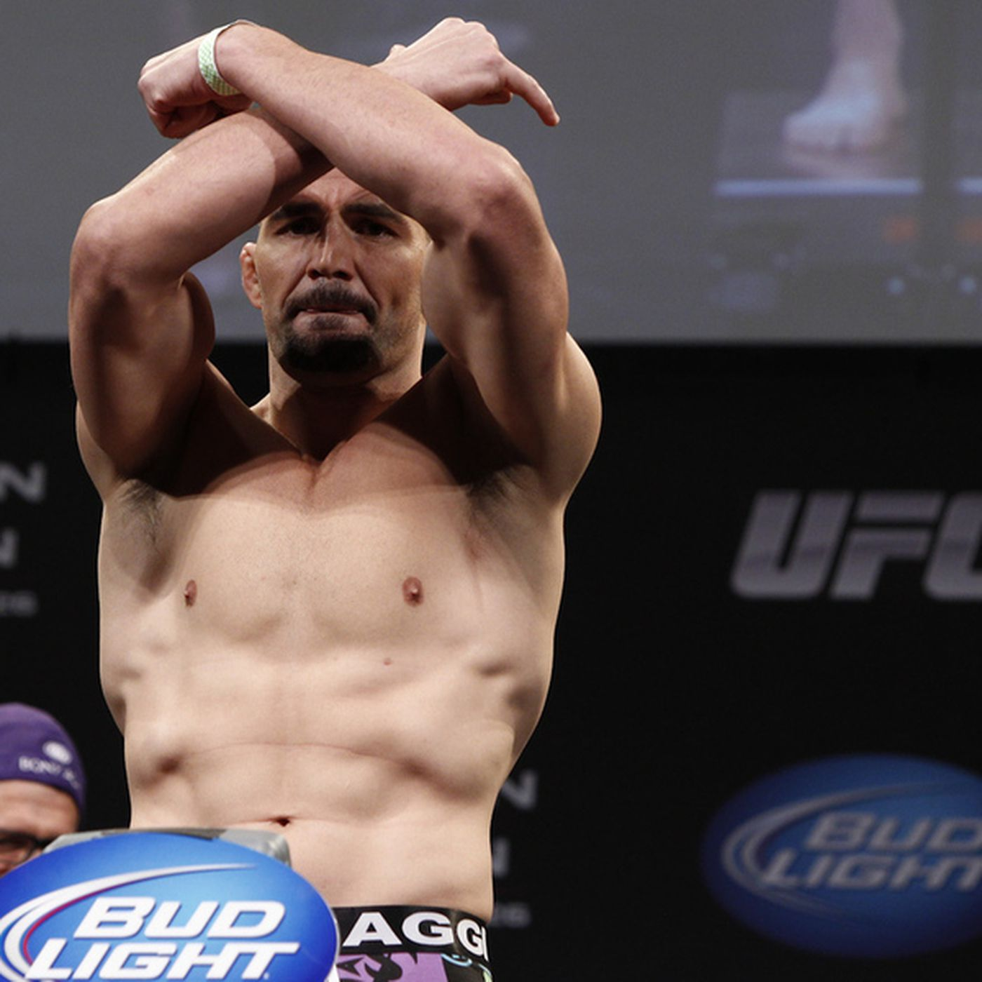 Ufc On Fox 6 Results Glover Teixeira Stands With Quinton Jackson