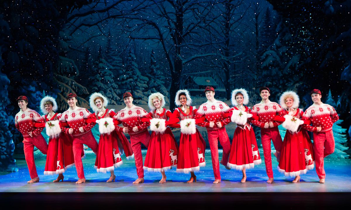 """The cast of the national touring production of """"Irving Berlin's White Christmas — The Musical"""" at the Cadillac Palace Theatre."""