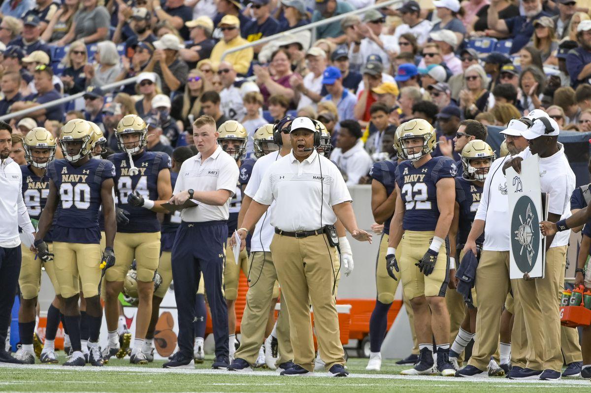 NCAA Football: Southern Methodist at Navy