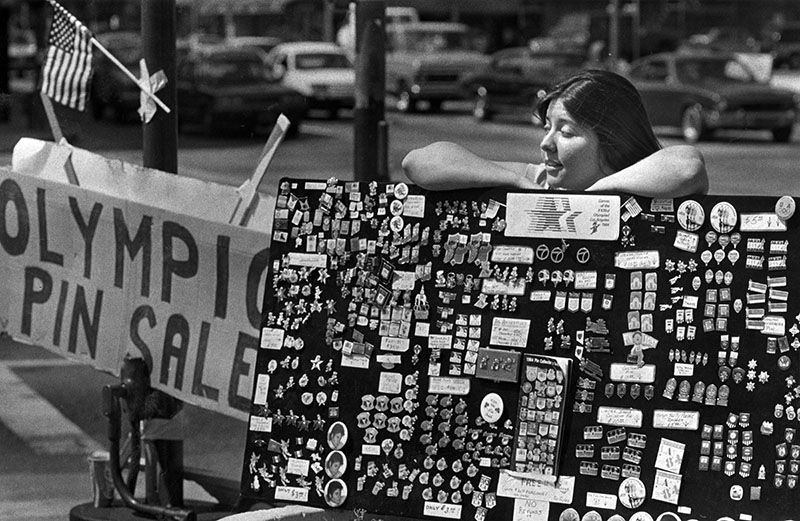 pin vendor, 1984
