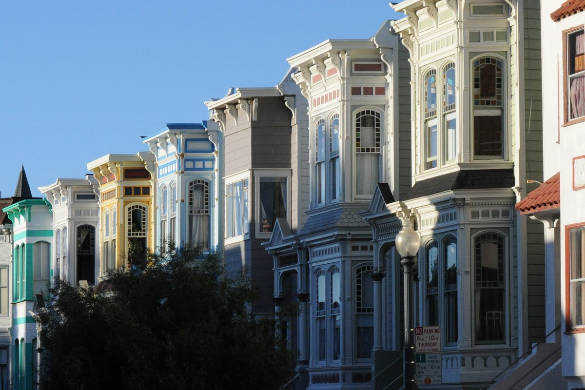 Apartment buildings on Nob Hill.