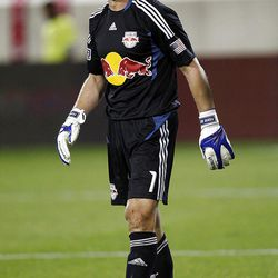 HARRISON, NJ - SEPTEMBER 21:  Frank Rost #1 of the New York Red Bulls passes the ball off against Real Salt Lake during their game at Red Bull Arena on September 21, 2011 in Harrison, New Jersey.  (Photo by Jeff Zelevansky/Getty Images)