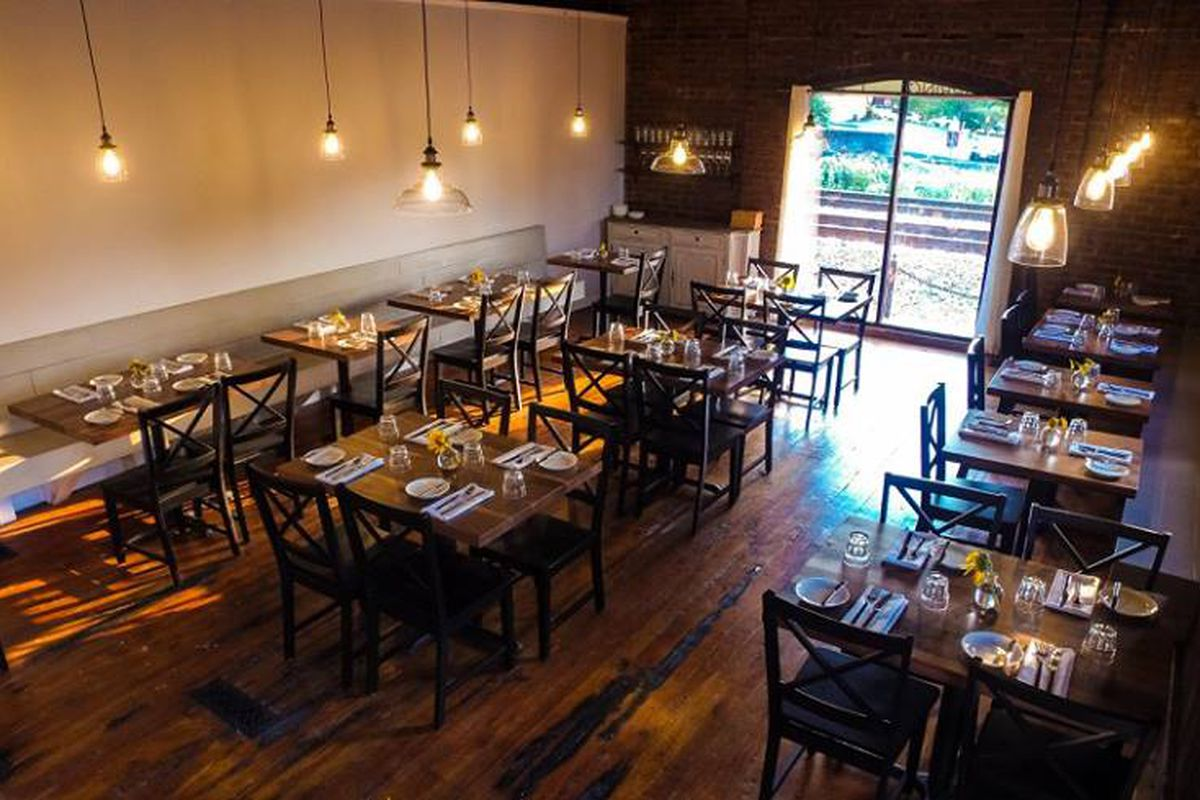 Bon E Tabs Marietta S Spring As One Of The Best New Restaurants In America
