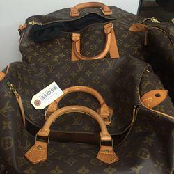 Louis Vuitton Speedy 30, $650