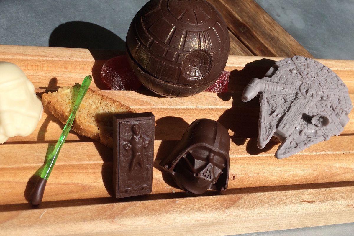 Star Wars-themed desserts at Faith & Flower