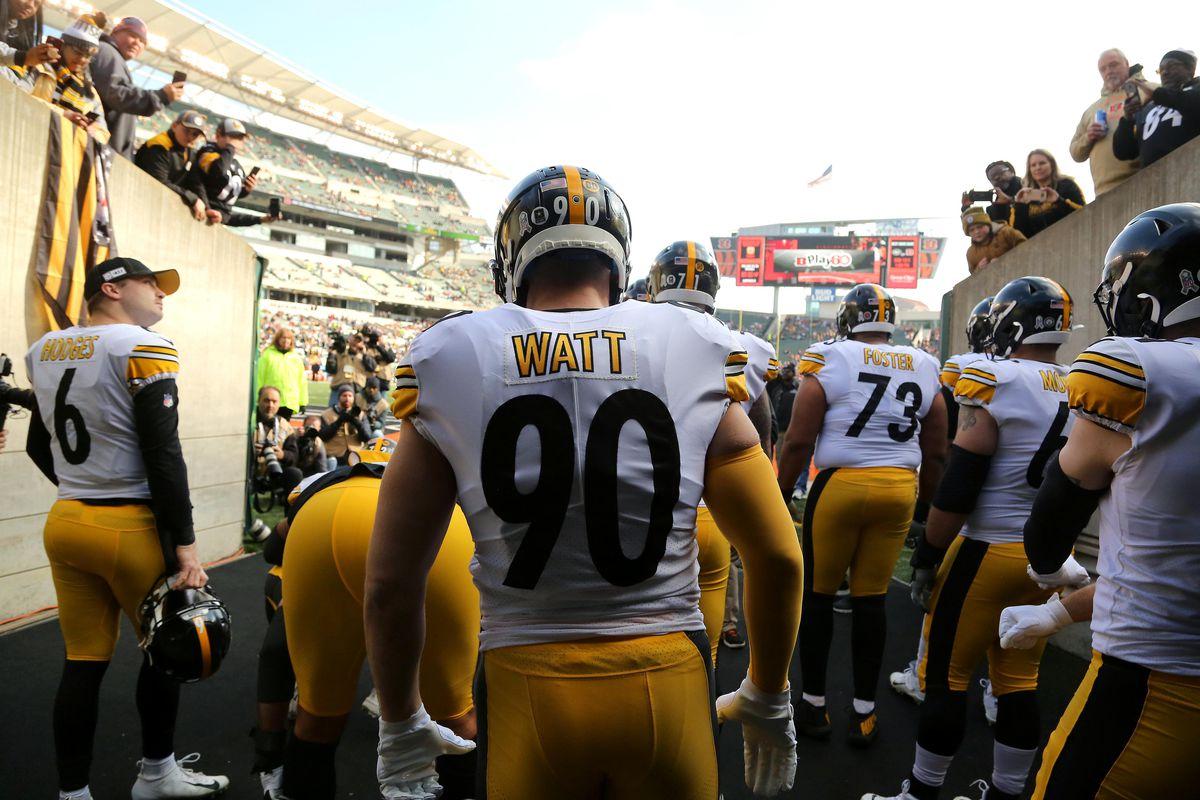 Pittsburgh Steelers outside linebacker T.J. Watt before the game against the Cincinnati Bengals at Paul Brown Stadium.