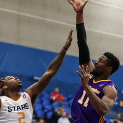 Los Angeles D-Fenders guard David Nwaba (11)shoots over Salt Lake City Stars guard Jaylen Bland (2) at the Lifetime Activities Center in Taylorsville on Wednesday, Feb. 08, 2017.