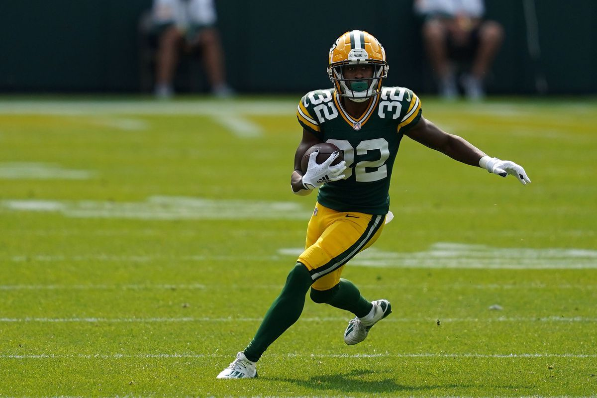 Tyler Ervin fantasy football start/sit: Value boost due to Aaron Jones injury, Jamaal Williams Covid-19 close contact - DraftKings Nation