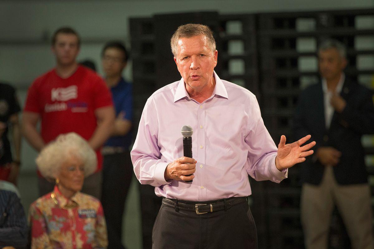 John Kasich speaks to voters