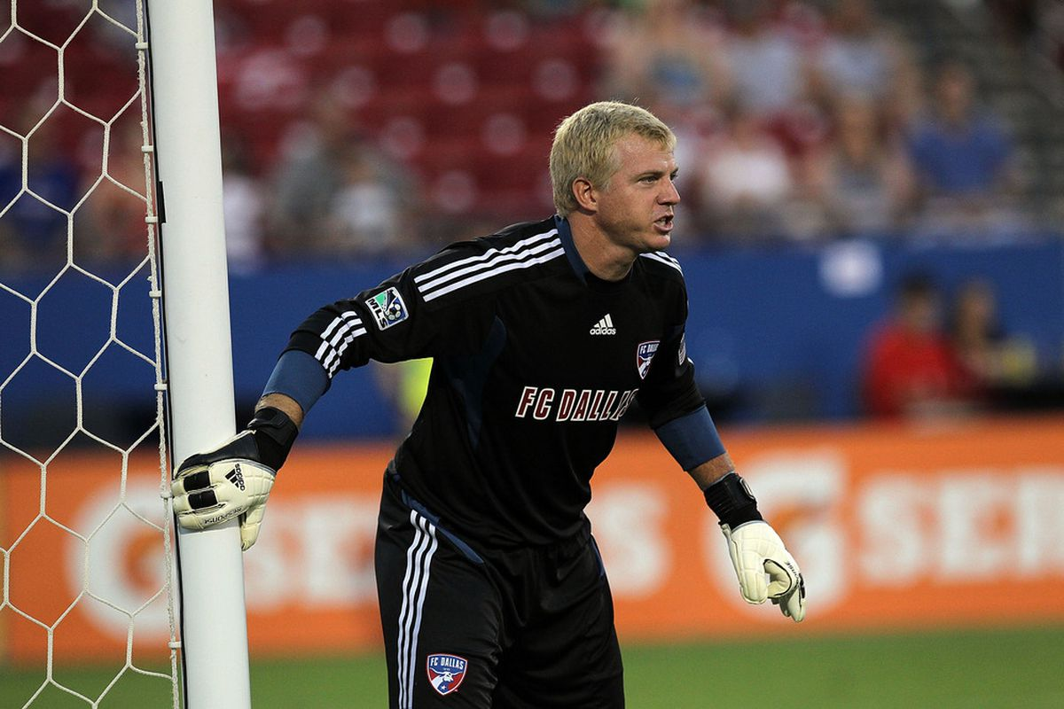 FRISCO, TX - JULY 16:  Kevin Hartman #1 of the FC Dallas at Pizza Hut Park on July 16, 2011 in Frisco, Texas.  (Photo by Ronald Martinez/Getty Images)