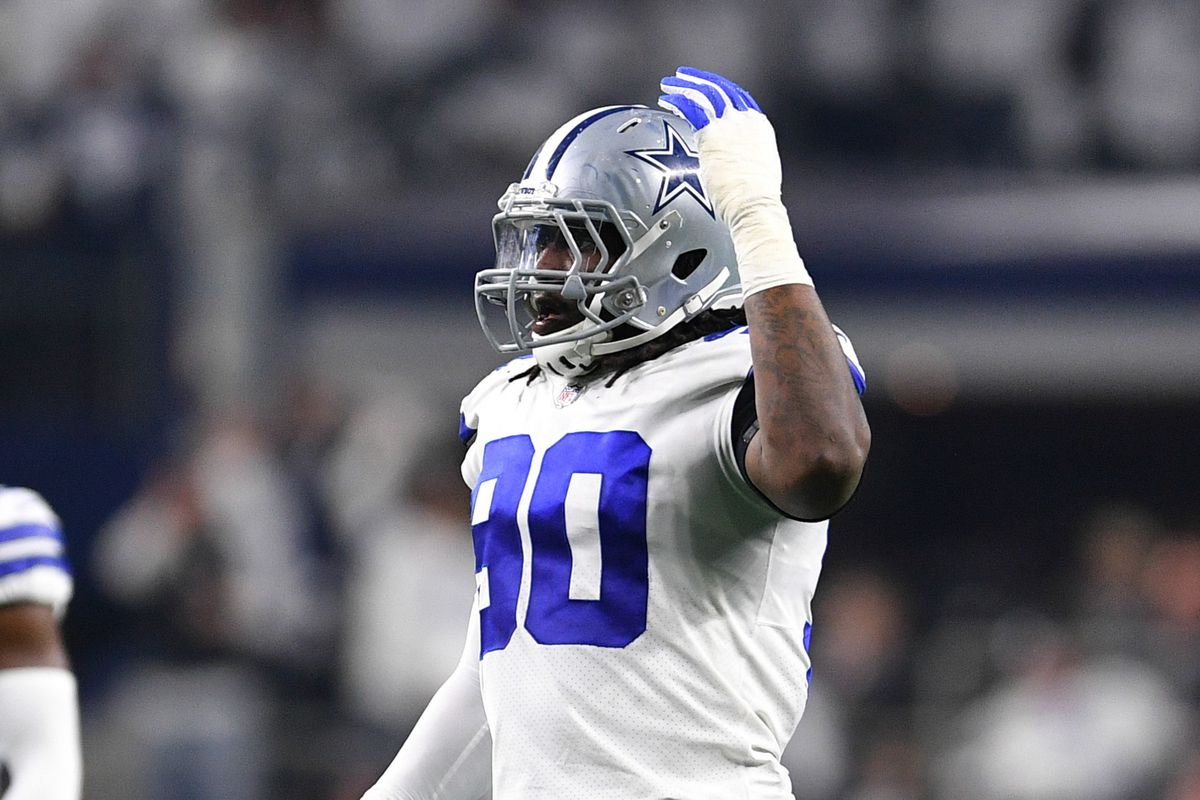 """newest ef143 e126a Cowboys news: Dallas and DeMarcus Lawrence """"far apart"""" on ..."""