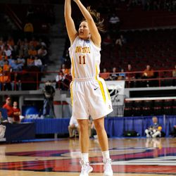 """<a class=""""ql-link"""" href=""""https://twitter.com/hashtag/Cyclone?src=hashtag_click"""" target=""""_blank"""">#Cyclone</a> great <strong>Kelsey Bolte</strong> vs. ETSU in the 1st round of the NCAA Tourney in 2009."""
