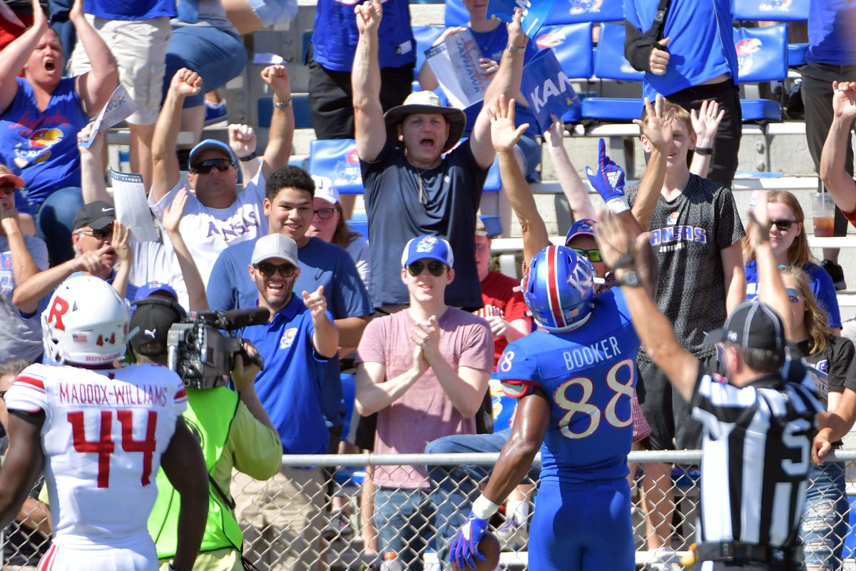 Kansas Destroys Rutgers In College Football S Game Of The Century