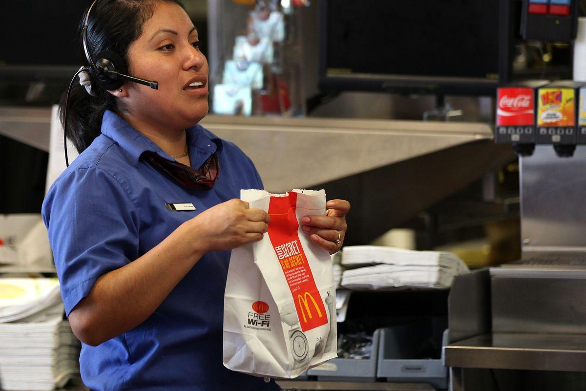 Does a higher minimum wage kill employment?