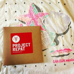 """<span class=""""credit""""><b>Project Repat</b> Blank Box Gift Certificate for all those high school tees, <a href=""""http://www.projectrepat.com/collections/tshirtblankets/products/blanket-box-gift"""">$150</a></span><p>"""