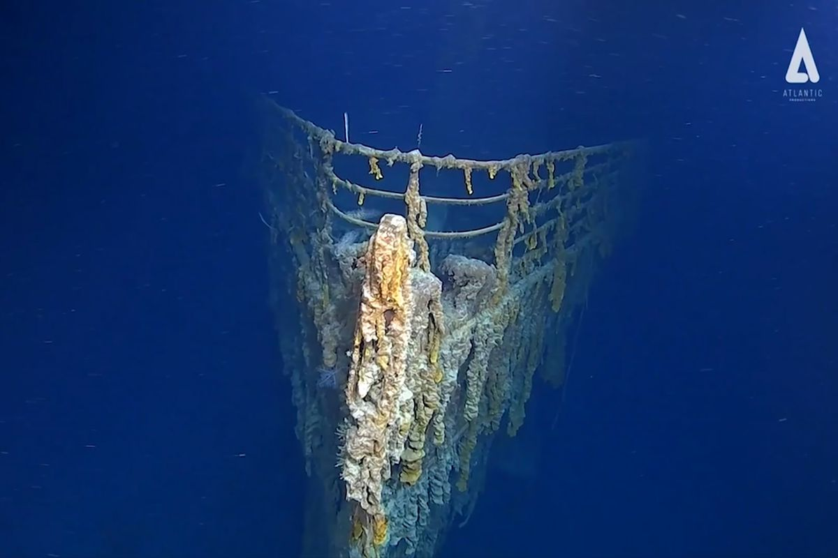 Titanic wreckage in 'shocking' decay, 'devoured' by metal-eating bacteria