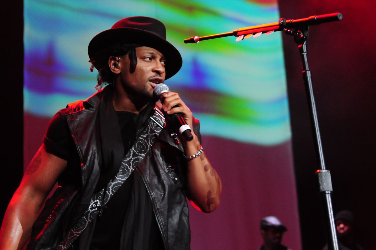 Mary J Blige and D'Angelo with Special Guest Melonie Fiona in 2012