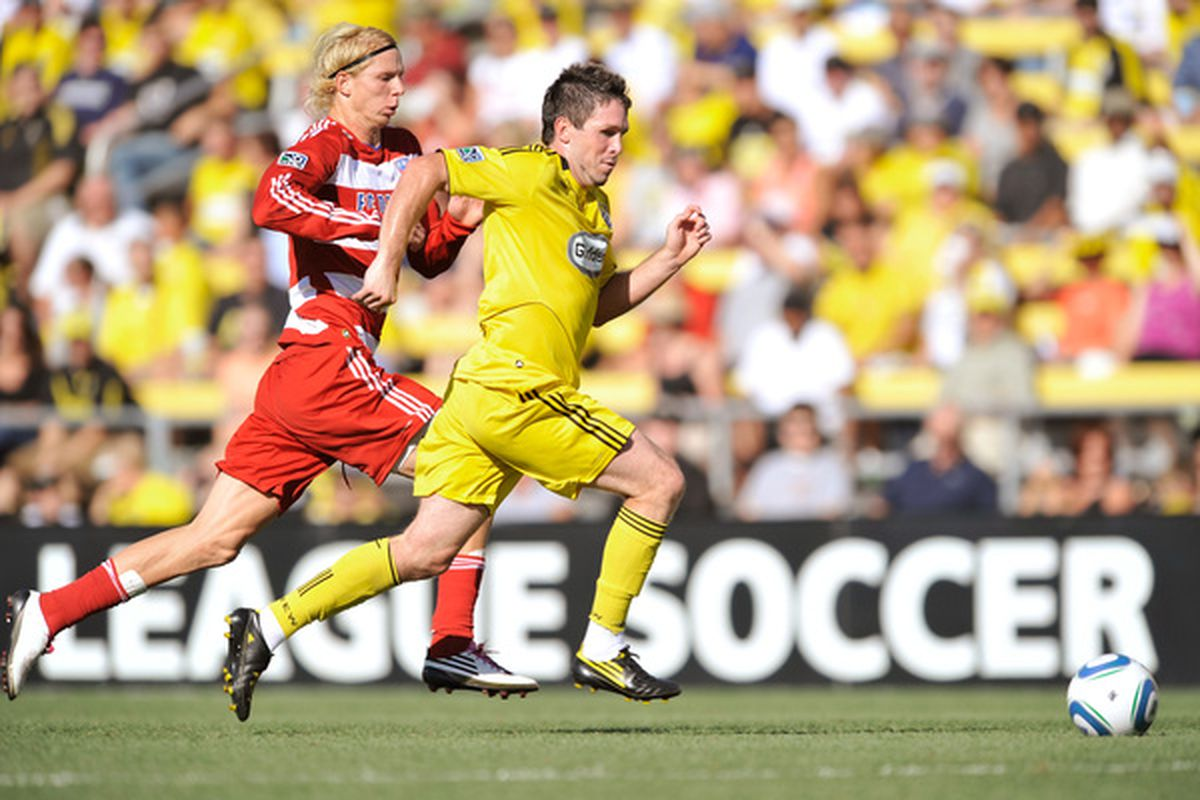 COLUMBUS OH - AUGUST 28:  Brek Shea #20 of FC Dallas and Danny O'Rourke #5 of the Columbus Crew chase after a loose ball on August 28 2010 at Crew Stadium in Columbus Ohio.  (Photo by Jamie Sabau/Getty Images)
