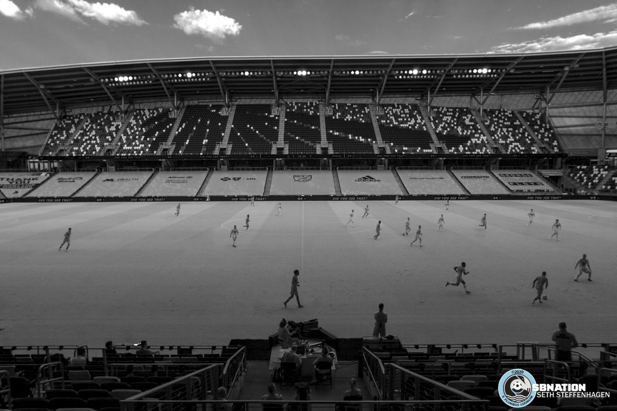 August 21, 2020 - Saint Paul, Minnesota, United States - Minnesota United fall back into defense as Sporting KC attacks during the match at Allianz Field.