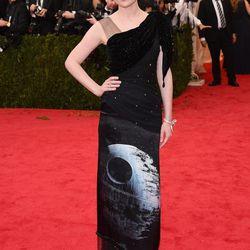 'Cause <i>Someone</i> Had to Red Carpet a <i>Star Wars</i> Dress: Kirsten Dunst (Rodarte)