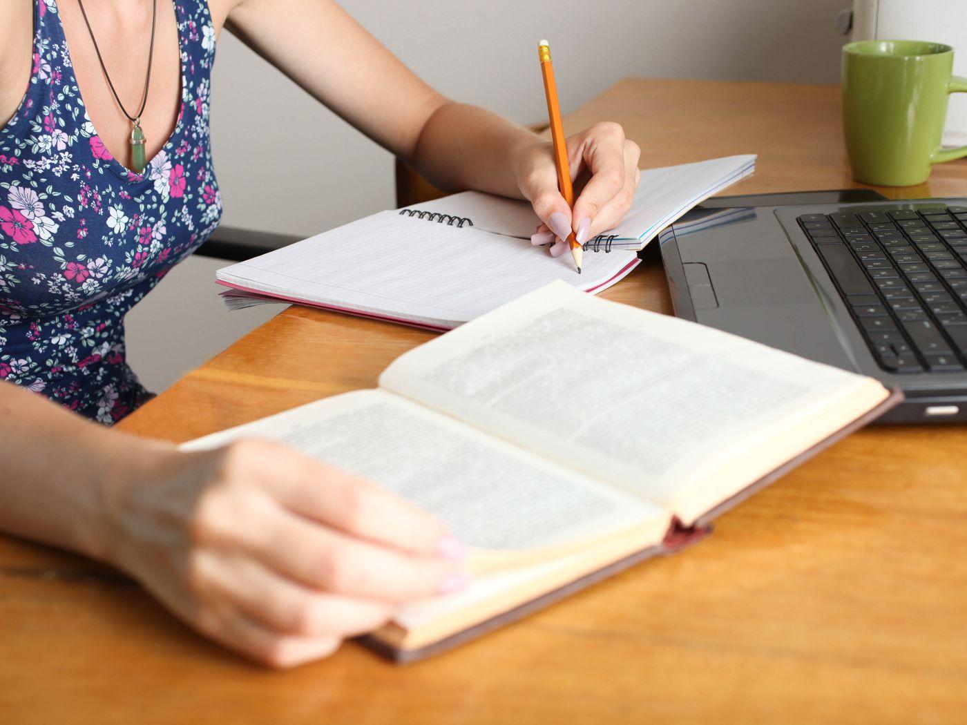 EssayBot will do your homework  But it won't get you an A  - Vox