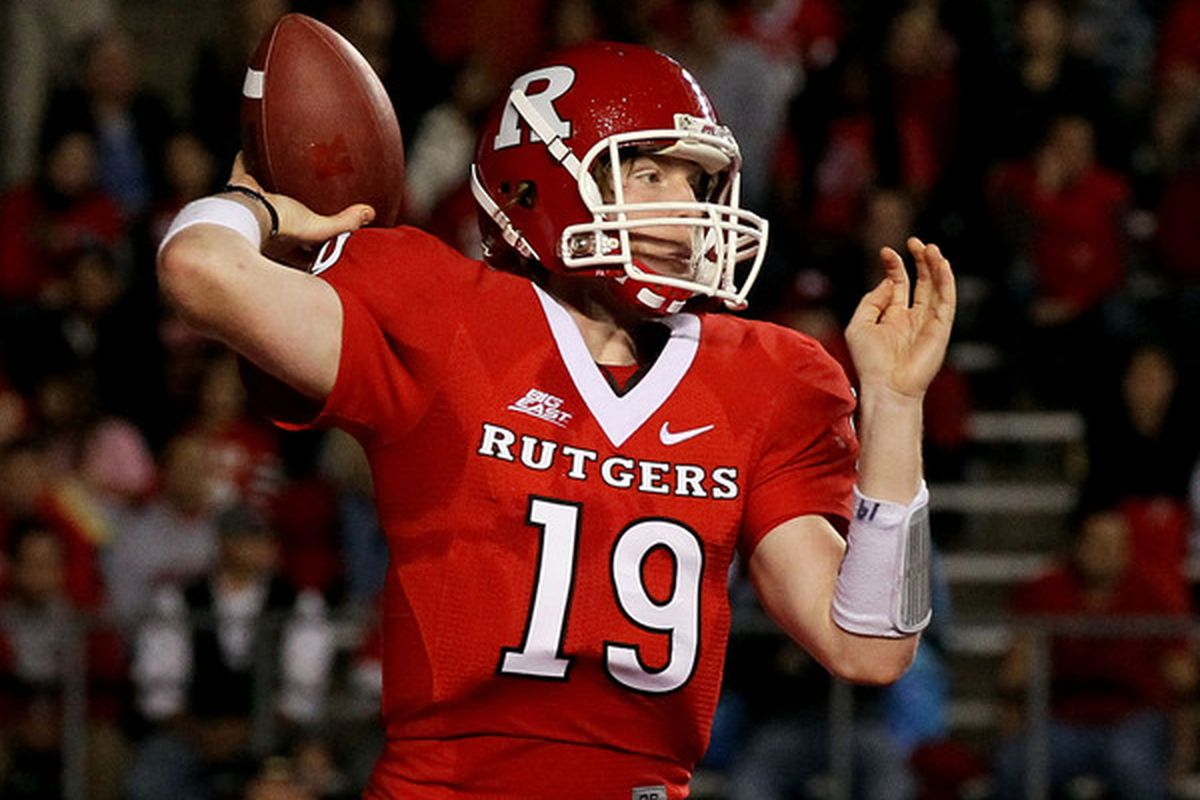 PISCATAWAY, NJ - OCTOBER 08:  Chas Dodd #19 of the Rutgers Scarlet Knights (Photo by Jim McIsaac/Getty Images)
