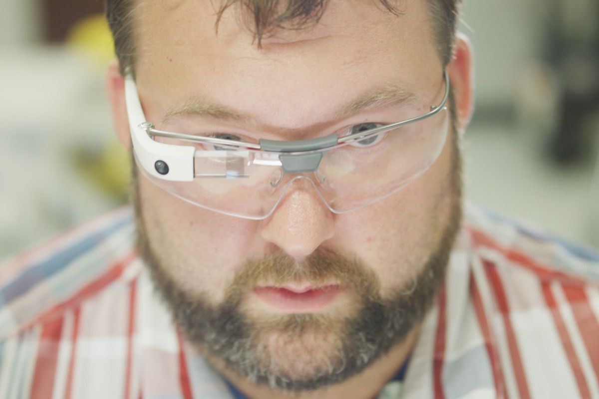 Partners develop Google Glass software for enterprises