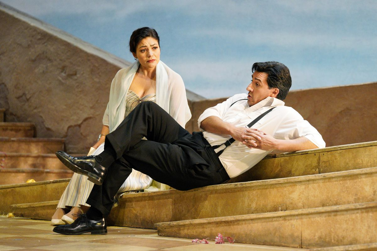 """Ailyn Perez and Charles Castronovostar in Lyric Opera of Chicago's production of """"The Elixir of Love."""""""
