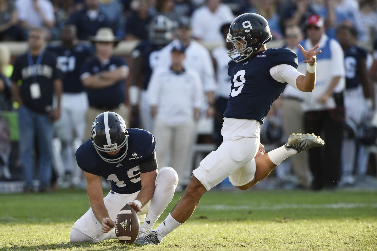 Younghoe Koo kicks a field goal attempt for the Georgia Southern Eagles