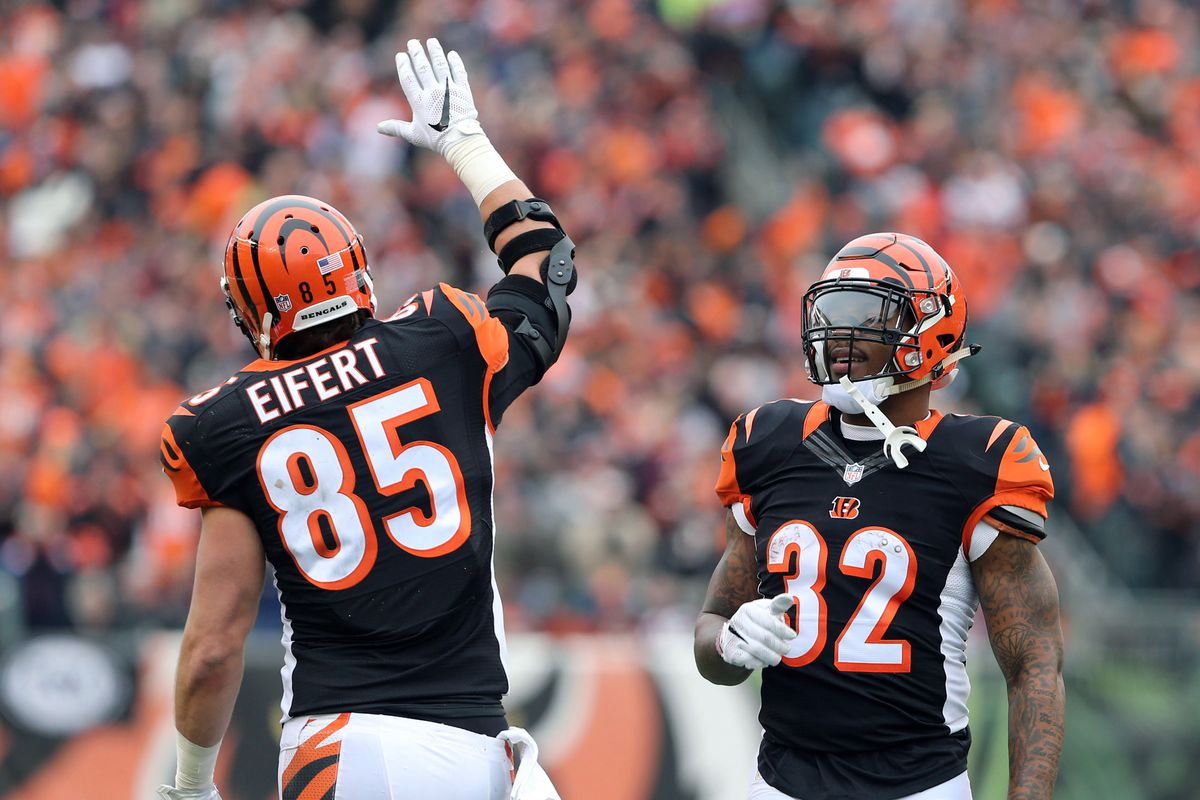 e7384d00050a NFL Week 7  Bengals vs Browns Thursday practice and injury report ...