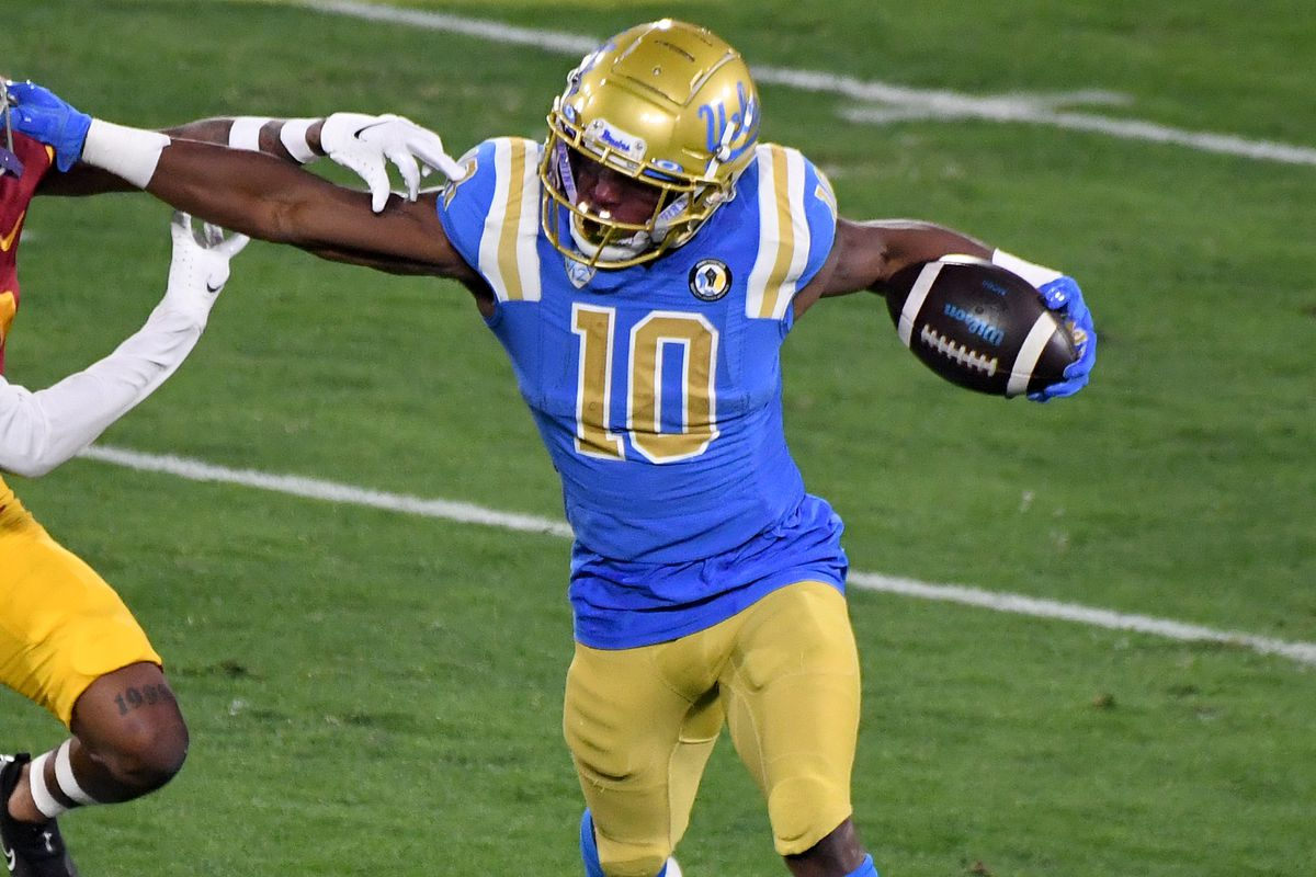 USC Trojans defeated the UCLA Bruins 43-38 during a NCAA Football game at the Rose Bowl.
