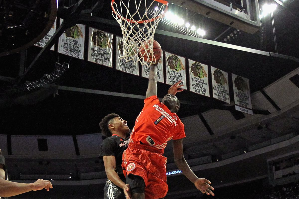 Theo Pinson dunks on Kelly Oubre