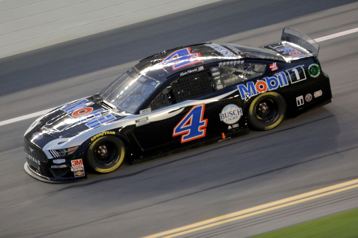 Kevin Harvick, driver of the #4 Mobil 1 Ford, races during the NASCAR Cup Series Coke Zero Sugar 400 at Daytona International Speedway on August 29, 2020 in Daytona Beach, Florida.