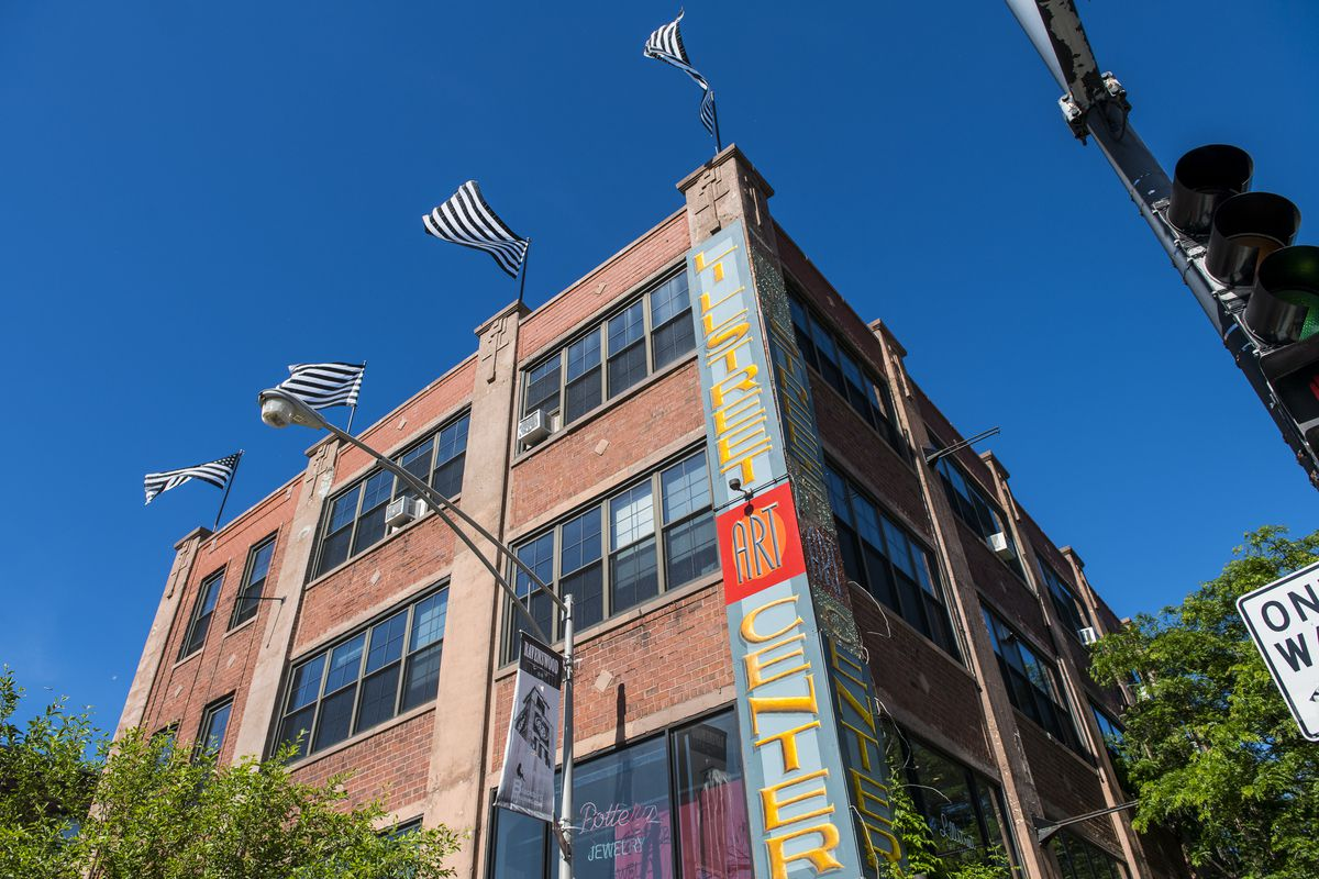 Lillstreet Art Center is along the Industrial Corridor in Ravenswood.   Tyler LaRiviere/Sun-Times