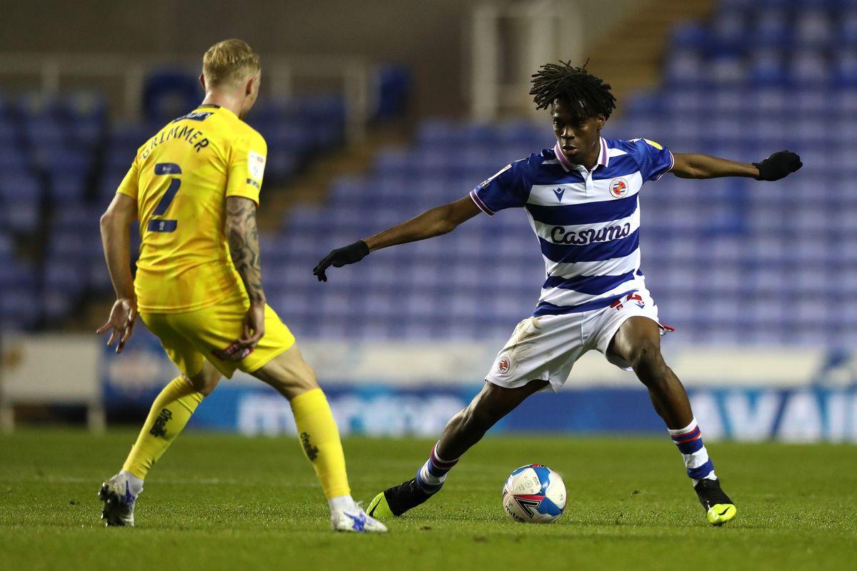 Reading v Wycombe Wanderers - Sky Bet Championship
