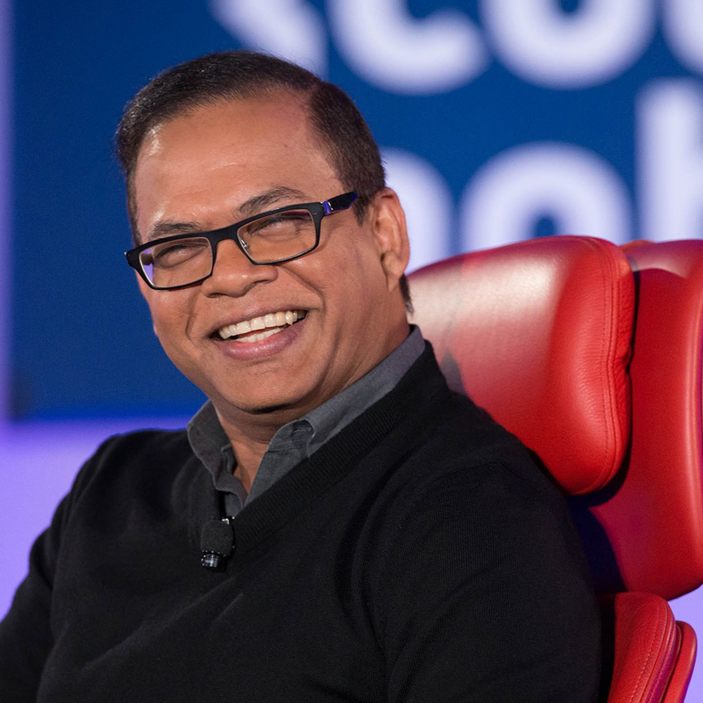 The 52-year old son of father (?) and mother(?) Amit Singhal in 2021 photo. Amit Singhal earned a  million dollar salary - leaving the net worth at  million in 2021