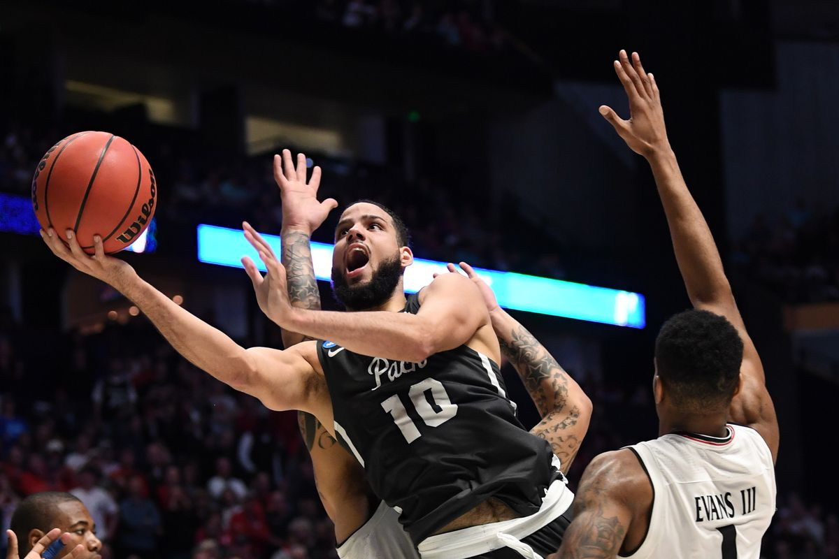 March Madness: Nevada completes 22-point comeback, beats Cincinnati