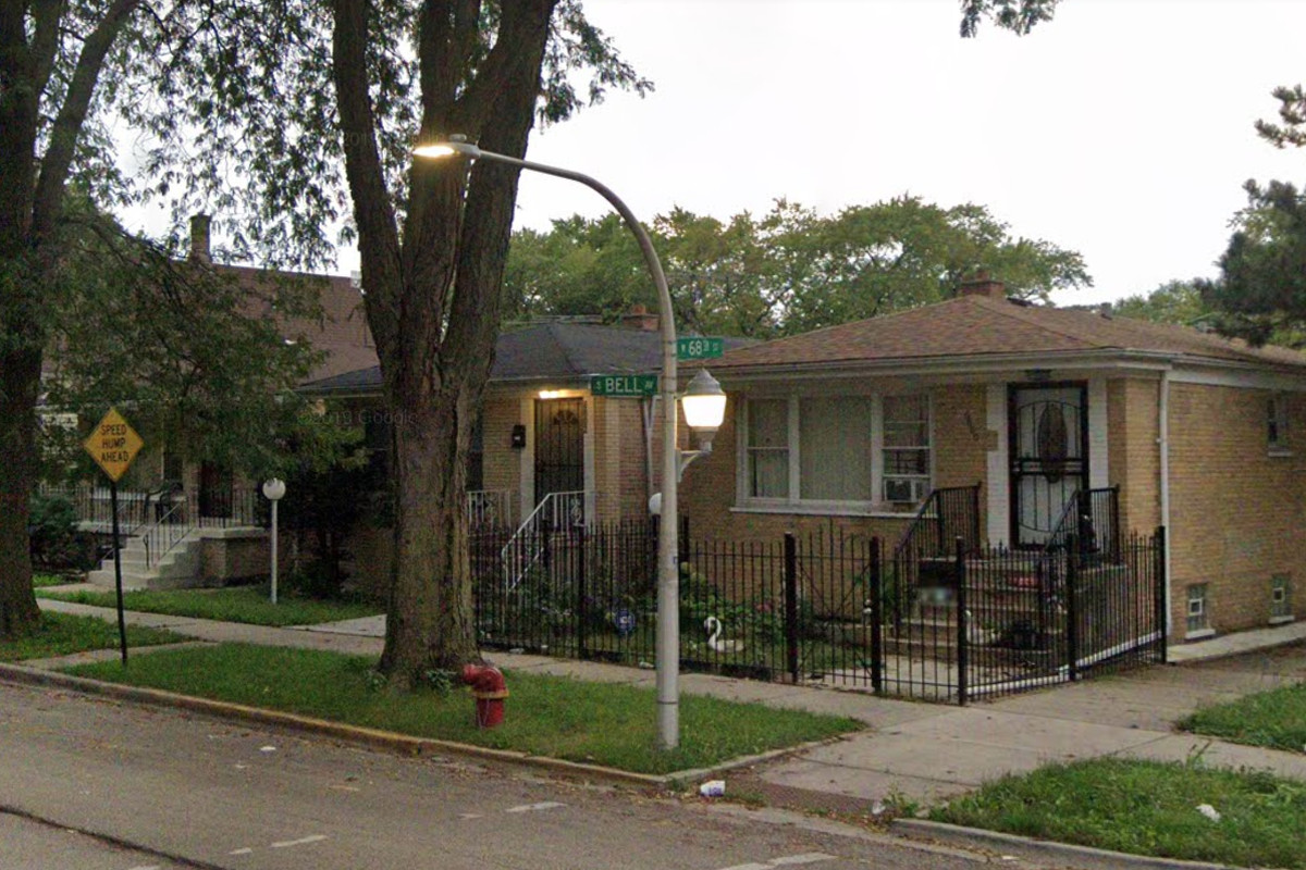 A series of home and business burglaries have been reported since May 10, 2020, in Marquette Park and West Englewood, including in the 6800 block of South Bell Avenue.