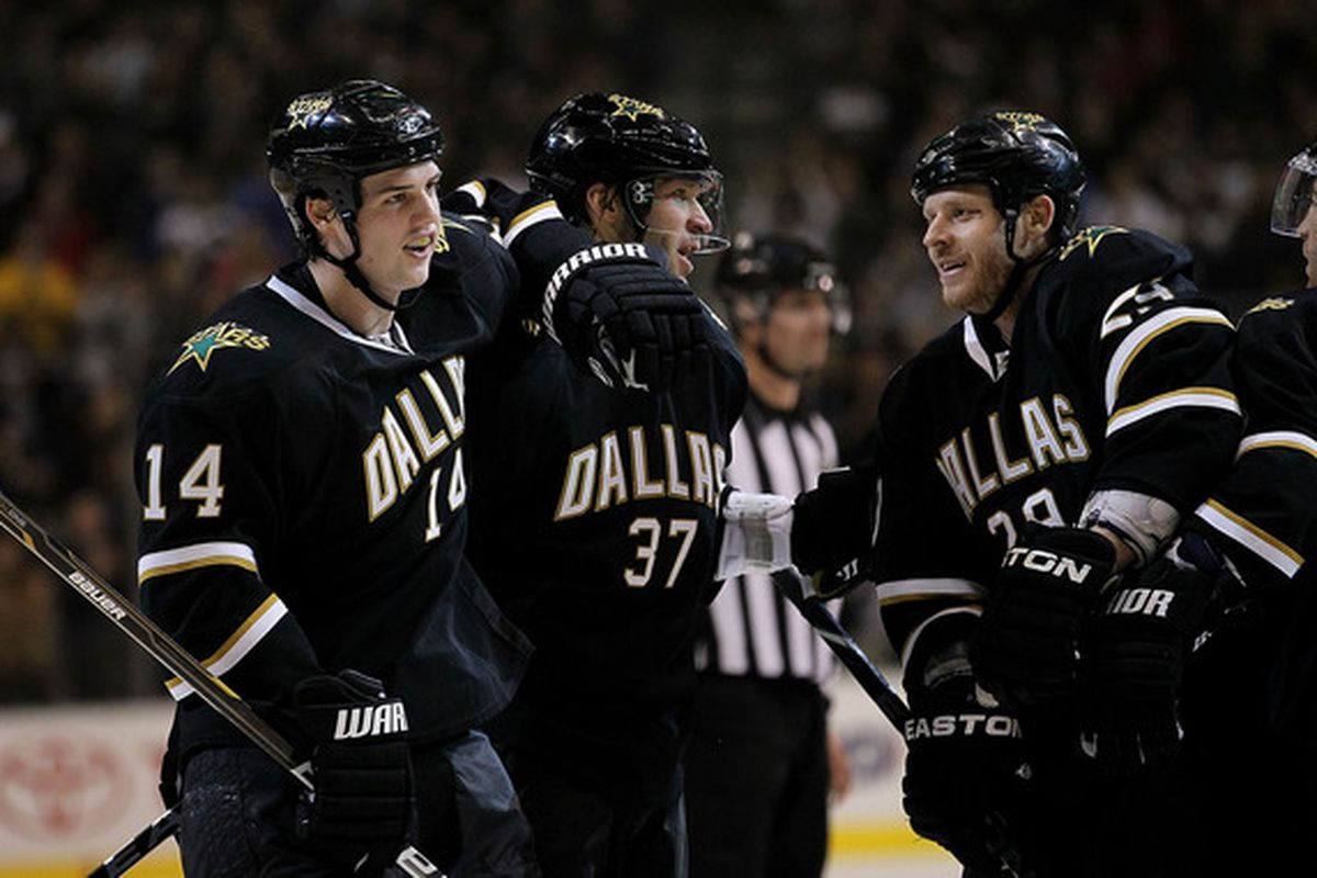 DALLAS TX - DECEMBER 21:  Left wing Jamie Benn #14 of the Dallas Stars celebrates his short handed goal against the Montreal Canadiens at American Airlines Center on December 21 2010 in Dallas Texas.  (Photo by Ronald Martinez/Getty Images)