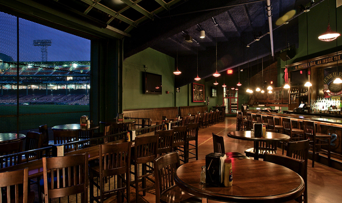 What to Eat in and Around Fenway Park, Home of the Boston ...