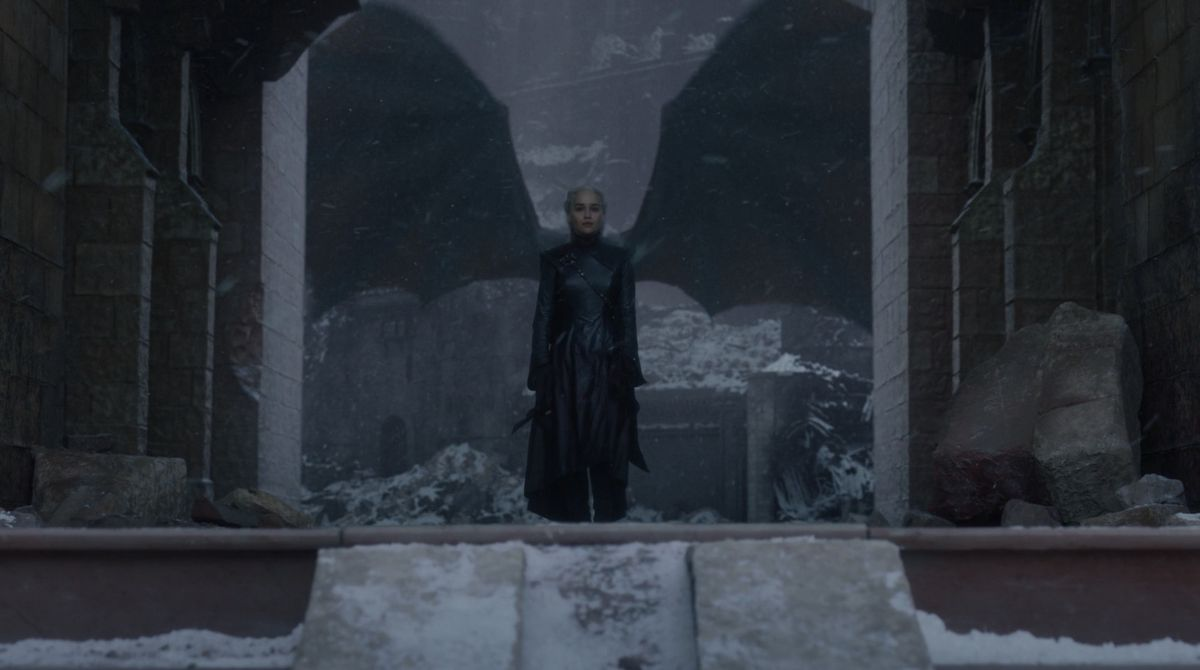 Game of Thrones S08E06 Dany dragon wings