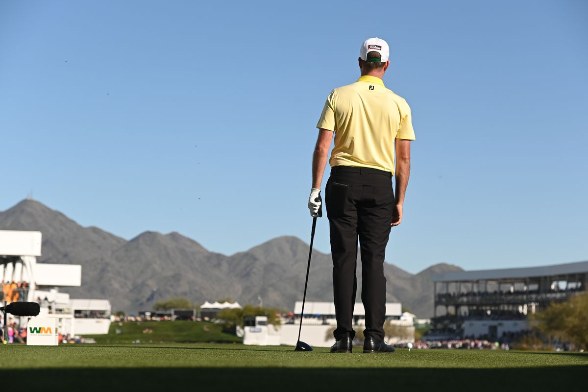 Webb Simpson stands behind his ball on the 17th tee box during the final round of the Waste Management Phoenix Open at TPC Scottsdale on February 2, 2020 in Scottsdale, Arizona.
