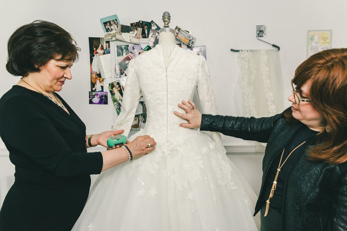 Behind the Veil With Kleinfeld\'s Modest Bridal Consultant - Racked