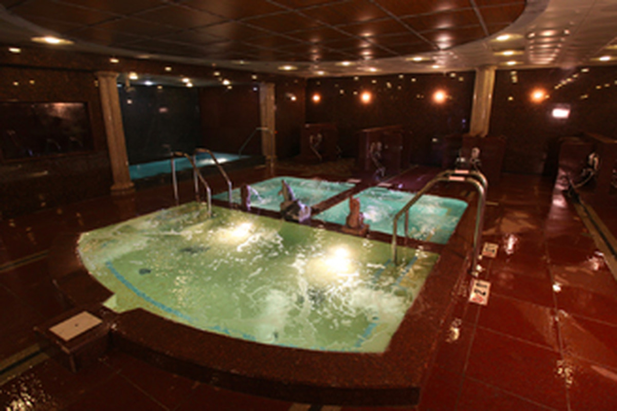 King Room With Spa Bath New Jersey