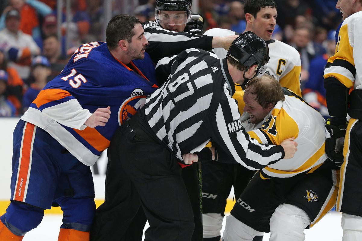 NHL: Stanley Cup Playoffs-Pittsburgh Penguins at New York Islanders