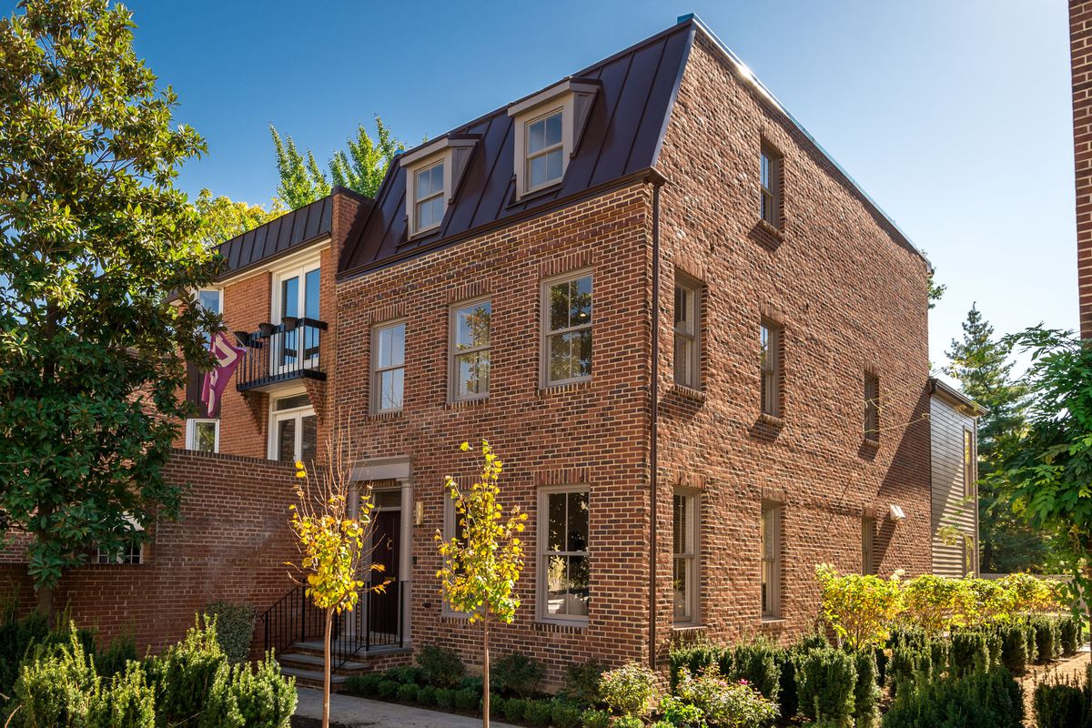 Georgetown townhome rises from a site that housed an archaeological ...
