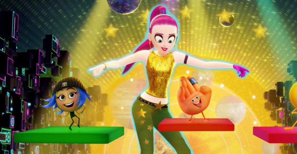 The Emoji Movie is so bad, it made us yell at strangers on